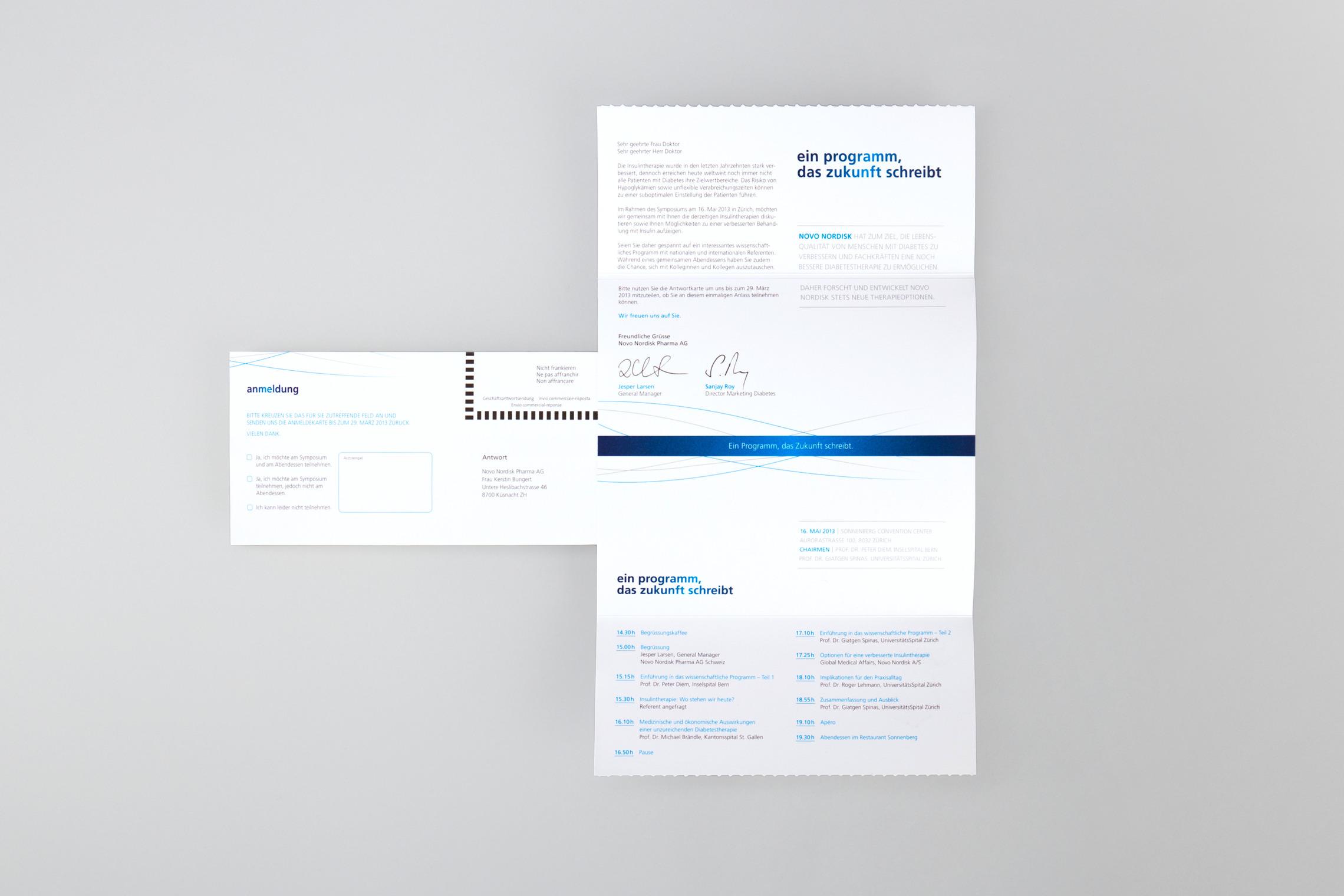 Die aufwendig gestaltete Einladungskarte wird in einer Mailingaktion an die Zielgruppe versendet.
